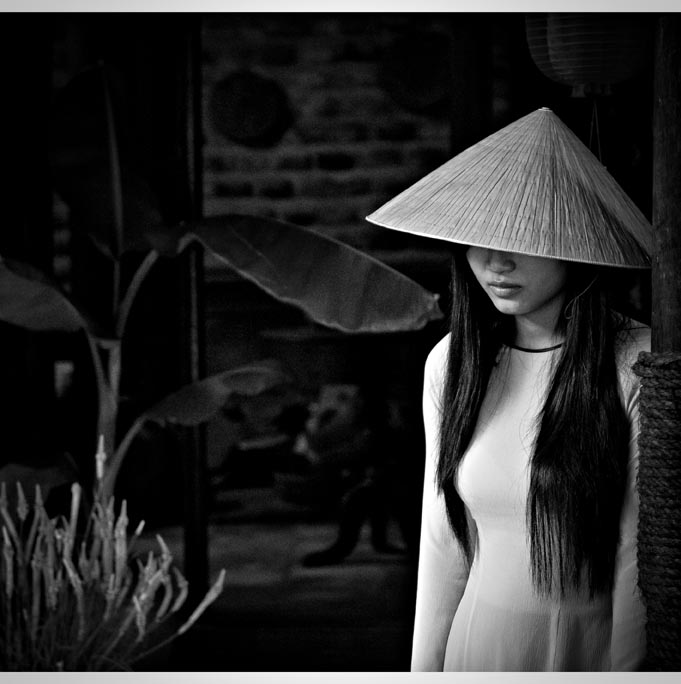 PORTRAITS DE FEMMES VIETNAMIENNES, REGION DE KHAN HOA